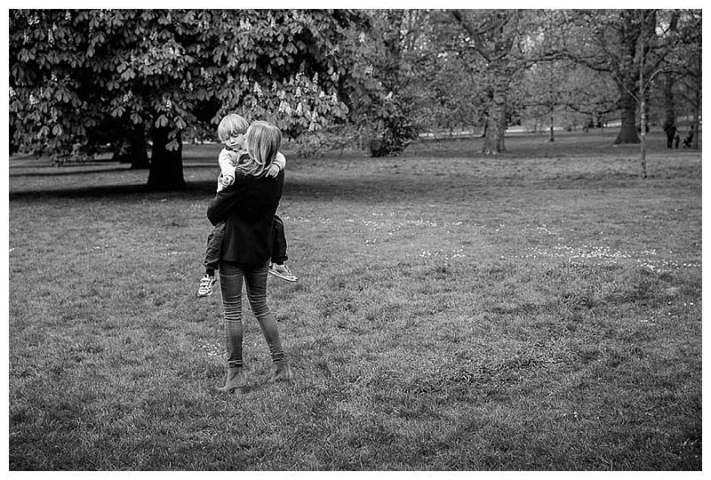 Family Shoot Kensington Gardens_0069