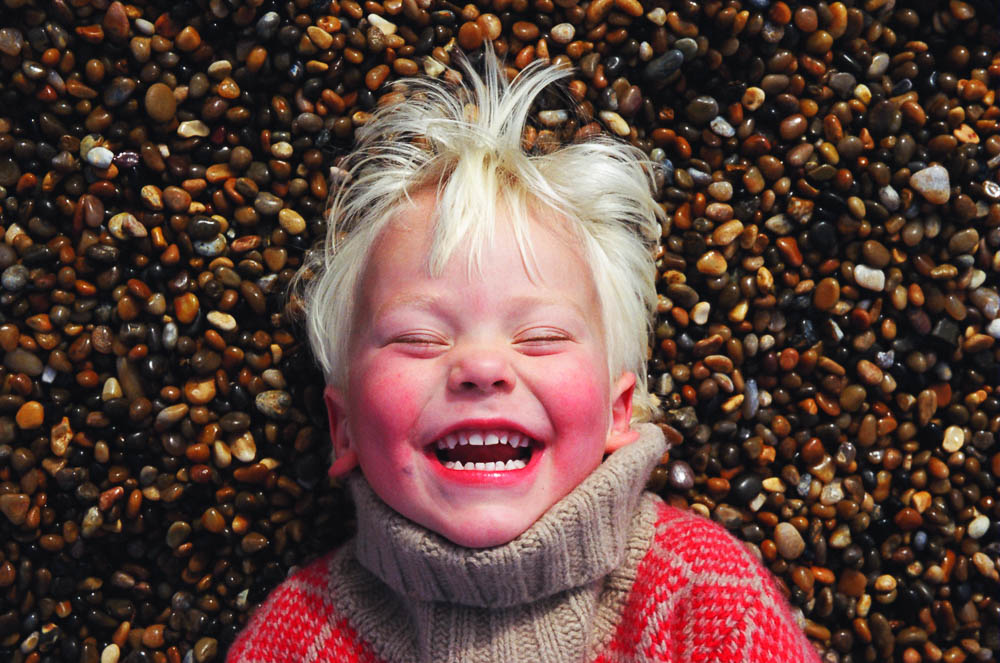 london portrait photographer toddler on beach