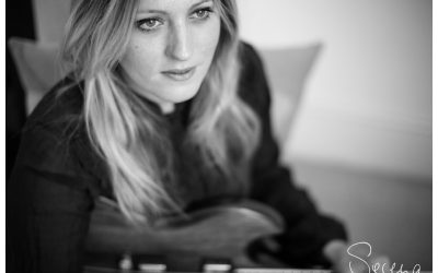 Introducing singer/songer writer Tallulah Rendall