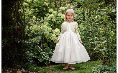 PORTRAITS OF FLOWER GIRLS – LONDON
