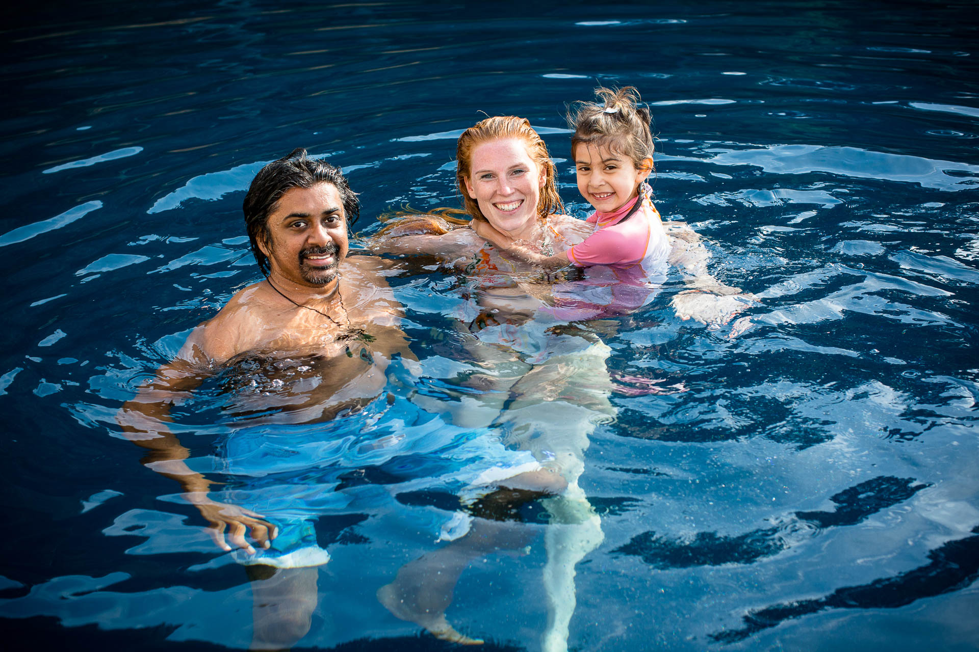 family photography swimming family